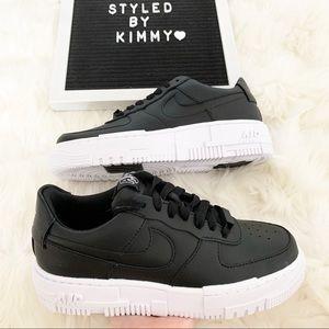 🌸 NIKE Air Force 1 Pixel Sneakers Shoes Black New